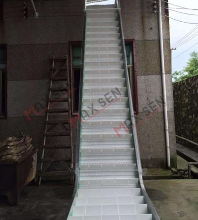 广州网带提升输送机